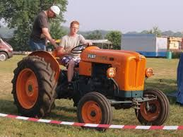 Afbeeldingsresultaat voor fiat tractors history