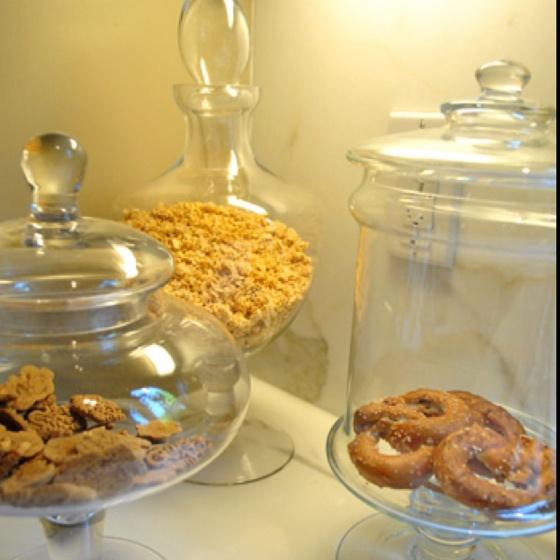 Kitchen Decor Jars: Best 25+ Apothecary Jars Kitchen Ideas On Pinterest