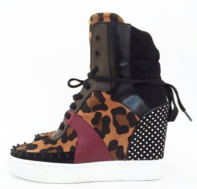 MAKRIS shoes