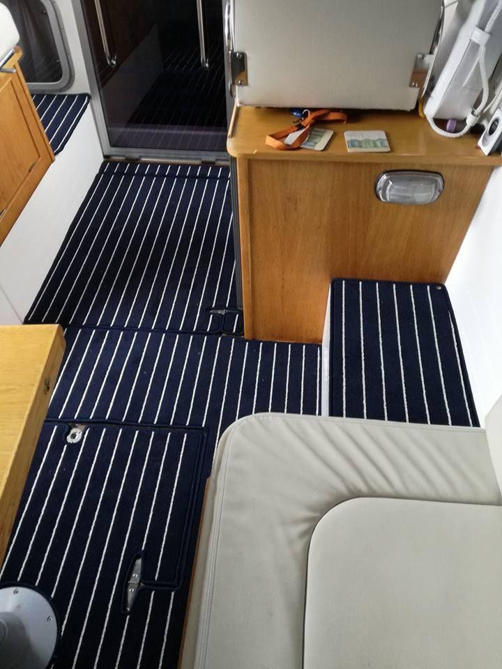 090 Navy Cream Teak Carpet Installed On Another Boat Teakcarpet Boatcarpet Marinecarpet Nauticalcarpet Boat Carpet Teak Home