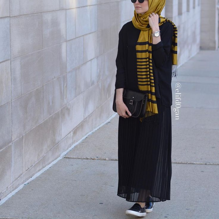 Plain black abaya with black and mustard colour hijab. Love the look. New colour to add - mustard ♡ #hijab