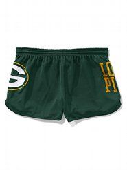 Victoria's Secret has the cutest Green Bay Packer clothes! I need to find these shorts :-)