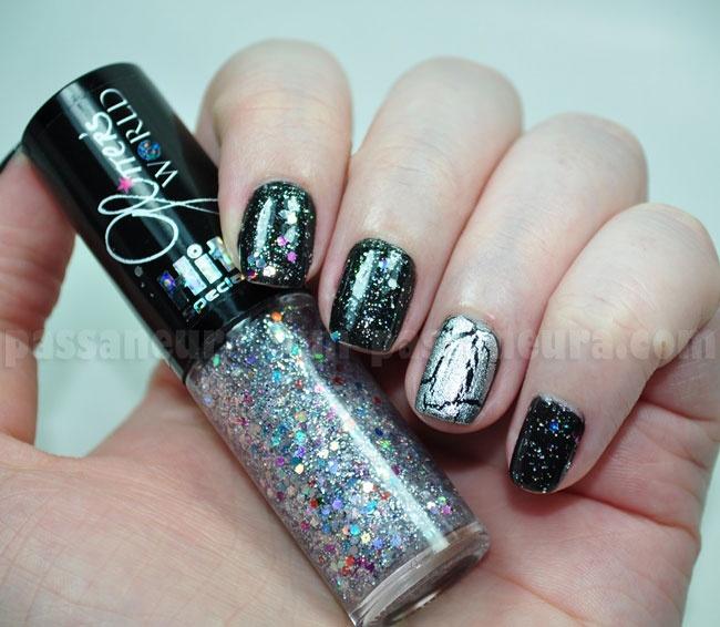 unhas espaciais com glitter
