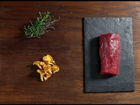 Kuchnia molekularna - polędwica wołowa sous-vide z kurkami i puree z dyni
