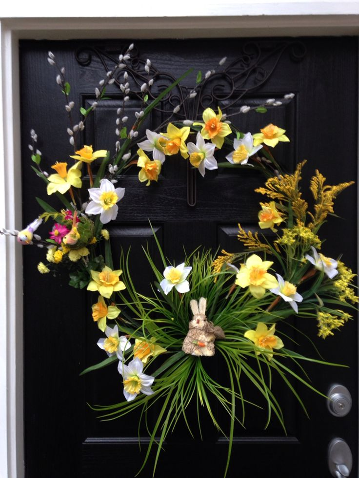 Spring wreath, celebrate women month