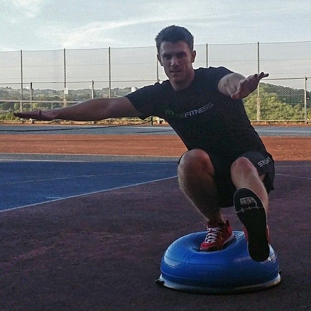 Bosu Ball One Leg Squat: 17+ Best Images About Extreme Fitness On Pinterest