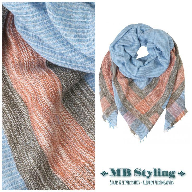 Even een dipje in het mooie lenteweer vraagt om een sjaal! Bijvoorbeeld deze mooie katoenen sjaal van het Deense merk BeckSondergaard. Heb je blauwe ogen? Dan zullen die door het dragen van deze sjaal accentueert worden. Toppie! Prijs: 59 euro. Shop at: https://www.mbstylingshawls.nl/shop/shawls/shawl-becksondergaard-katoenmodalwol-ampere-placid-blue/?utm_content=buffer832bd&utm_medium=social&utm_source=pinterest.com&utm_campaign=buffer  #becksondergaard #sjaal #shawls