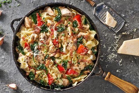 Wybierz najnowszy przepis w Kuchni Lidla i przygotuj pysznego kurczaka z makaronem w sosie śmietanowo-czosnkowym!