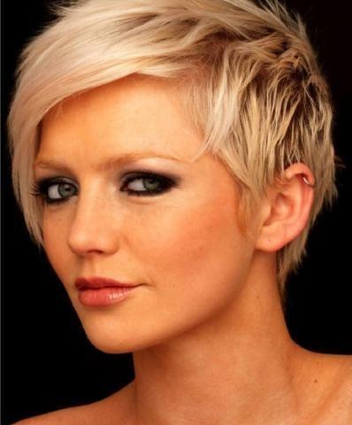 kurzhaarfrisur hinterkopf | Schöne Kurzhaarfrisuren für Mädchen (frisur, haarstyling, frisuren)