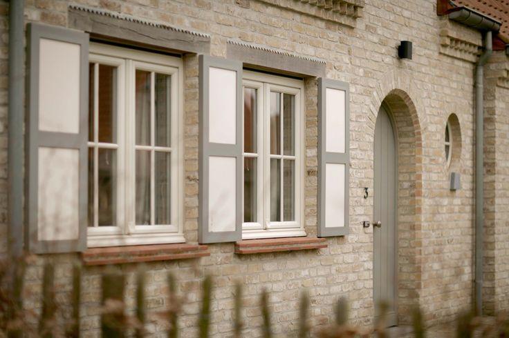 Realisatie ramen met gelakte kunsthars | Prijzen ramen en deuren