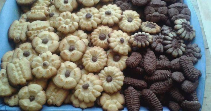 Mennyei Kinyomós keksz recept! Kifogyott a sütis doboz, felkellett tölteni, mert ha váratlan vendég jön jó ha van  kávé mellé süti is...