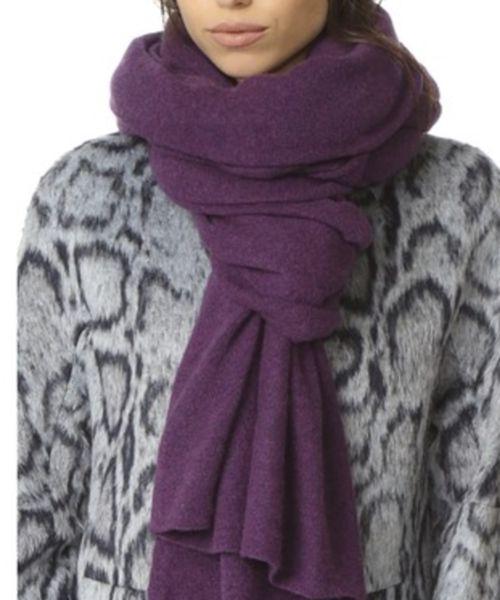 Spectral Violet Heather Cashmere Travel Wrap. Our 100% cashmere travel wrap is an iconic White + Warren piece and is in high demand year after year. This seasonless cashmere accessory is perfect to wrap up with on cold days, ideal for travel, and can be worn in endless ways: as a shawl, scarf, snood, shrug or blanket. Celebrities have worn it as a shawl on the red carpet, a scarf on a cold day and use it as a traveling companion for those long flights. #cashmere #travel #wrap #gifts