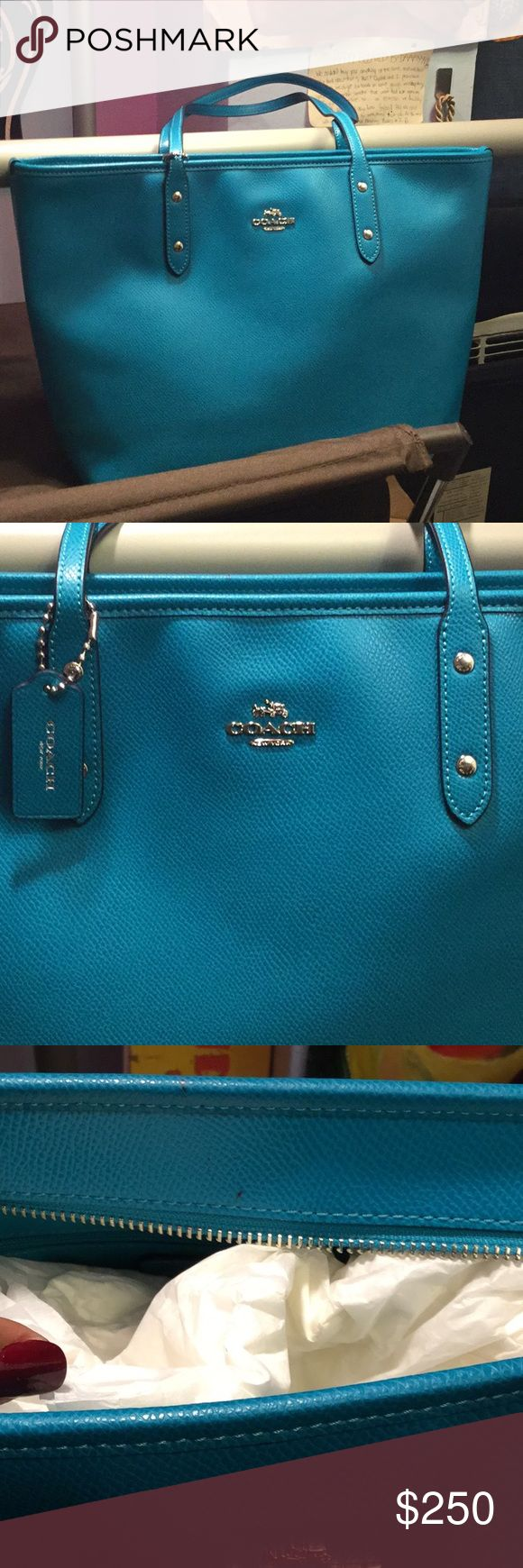 Coach tote bag Teal Coach purse. Like new. Small pen marks. Coach Bags Totes