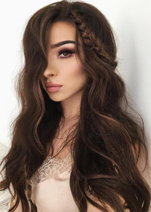 Pretty Holiday Hairstyles Ideas: Long Wavy Hair With a Small Braid