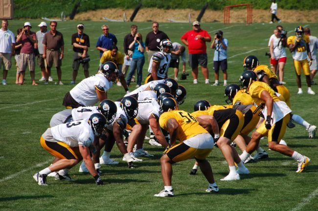 How to Watch Steelers-Titans NFL Thursday Night Football Live Stream Online
