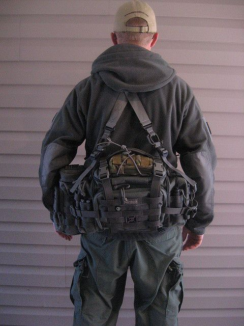 Survivalist Bug Out Bag Maxpedition Sabercat the suspenders are HSGI and MM. with a fully loaded pack the suspenders are a big plus.