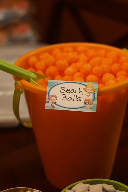 Keeping up with the Laughlins...: Alex's Bubble Guppy birthday details...