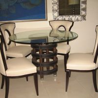 Round dining table for dining room.