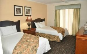 Orlando Toscana Suites, Kissimmee, FL 34747. Upto 25% Discount Packages.    Near by Attractions include Magic Kingdom, Animal Kingdom, Hollywood Studios, Old Town, Epcot. Free breakfast and Free Wifi internet. Book your room and start saving with SecureReservation. Please visit-   http://www.thekissimmeehotels.com/
