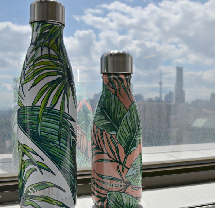 Hello Palm Beach and Wakiki! Welcome to Toronto! Check out these bottles from the Resort Collection, as well as all of our new S'well Collections!