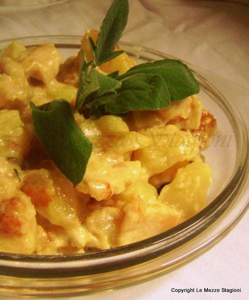 Petto di pollo con patate in padella