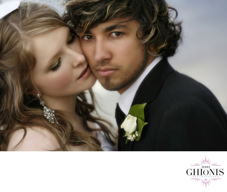 Jerry Ghionis, Wedding Photographer - Exif:  1/250, f/4.0, ISO 400, 100.0 mm.  (more exif)All Exif (hide).