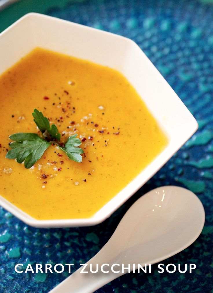 Fresh and Easy Creamy Carrot and Zucchini soup (gluten and dairy free)