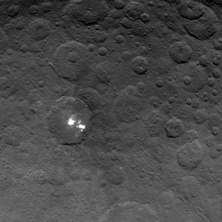 NASA's Dawn spacecraft obtained this image of the brightest spots on dwarf planet Ceres on June 6, 2015, from an altitude of 2,700 miles (4,400 kilometers). Image released June 10, 2015