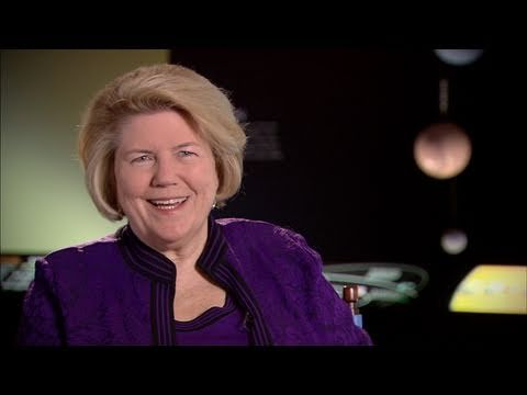 Valerie Neal melds science and history in her role among the space treasures at Smithsonian's National Air and Space Museum. #RealWomenInScience
