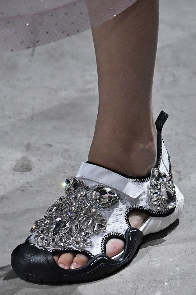 a1a25610511 Ugly Crocs Are Back (Again) At Christopher Kane s London Fashion Week Show