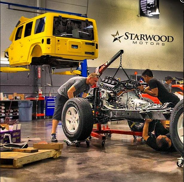 Starwood customs jeep wrangler hemi install jeep hemi for Garage jeep poitiers
