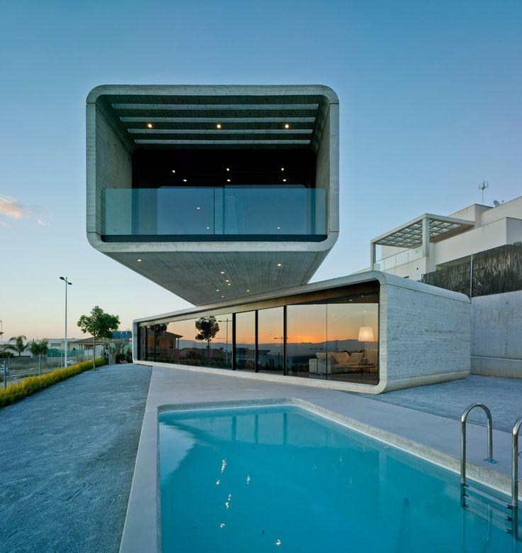 82 best images about cantilevers on pinterest villas - Clavel arquitectos ...