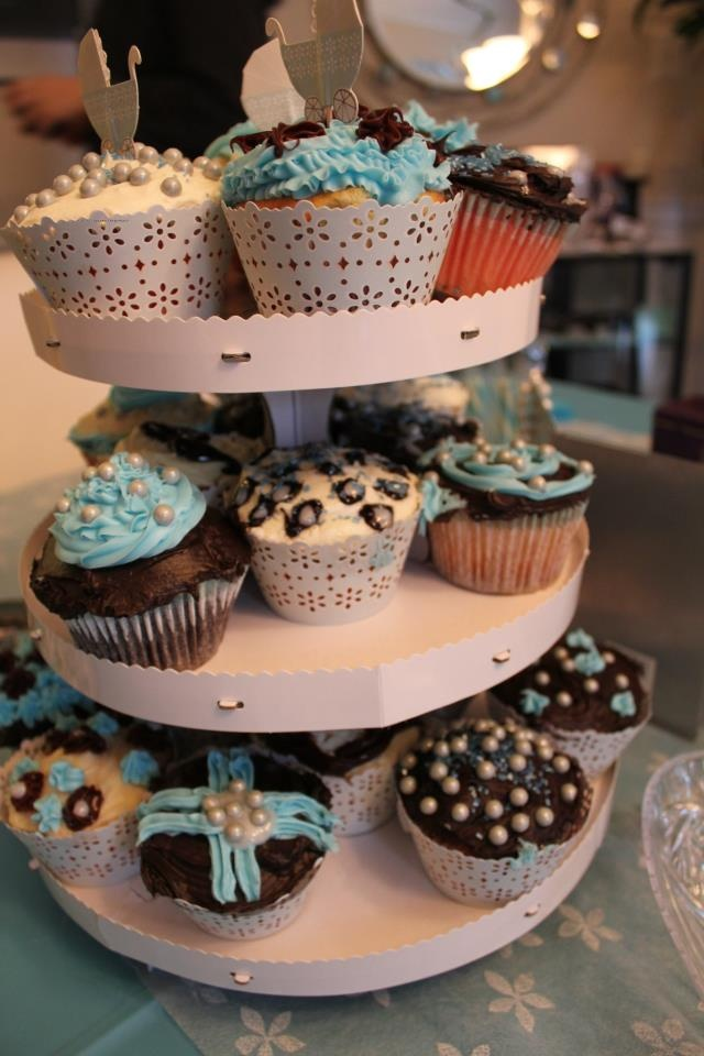 Julie baked cupcakes and added on chocolate  limoncello and cream cheese  icing on strawberry  chocolate and lemon cupcakes    topped with blue or  brown. 35 best cupcakes images on Pinterest   Cupcake towers  White