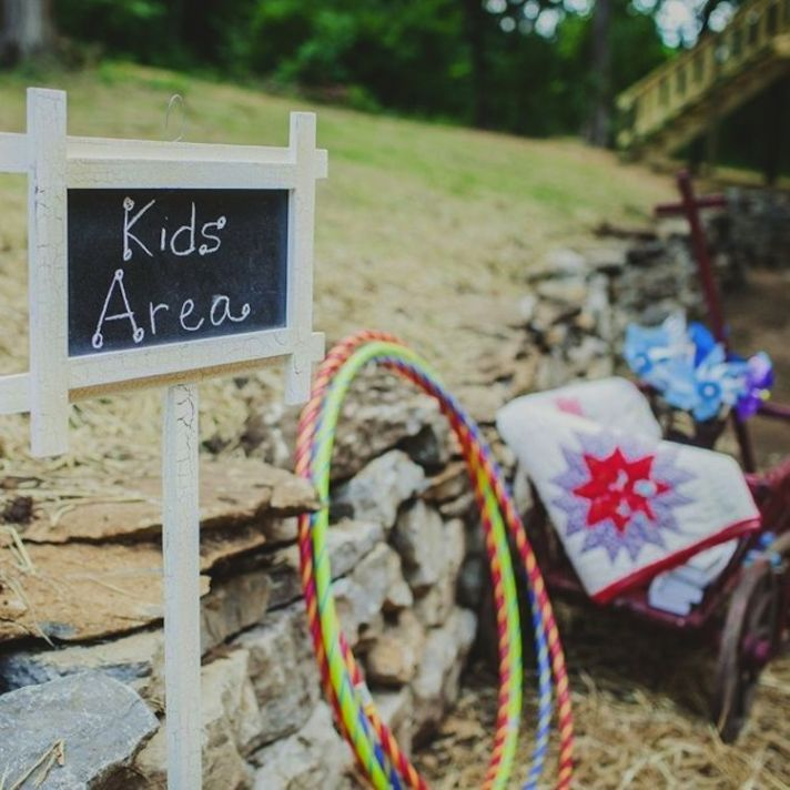 Kids At Your Wedding: Ingenious Ideas on How to Entertain Them