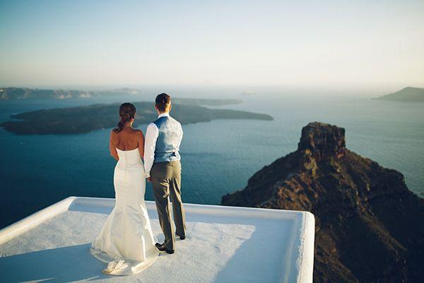 Elegant γαμος στη Σαντορινη | Vivienne & Spencer - Love4Weddings