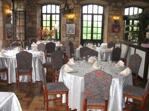Booking.com: Hôtel Chateau De Latour , Latour, Belgique - 76 Commentaires Clients . Réservez maintenant !