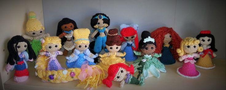 Disney Princesses. Mulan, TInker Bell, Rapunzel ...