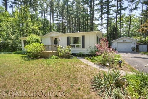 Bayfield, ON. 29 Pine Drive, 5 Season Estates,