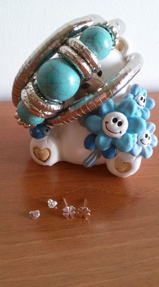 http://reviewsangela.altervista.org/chic-net-de-gioielli-orologi/ Buona Pasqua a tutti Sul mio #blog potete trovare la mia #review  #Bracciali #donna #argento #quadrifoglio #turchese #likeformeplease #bijoux #gioielli #moda #outfit