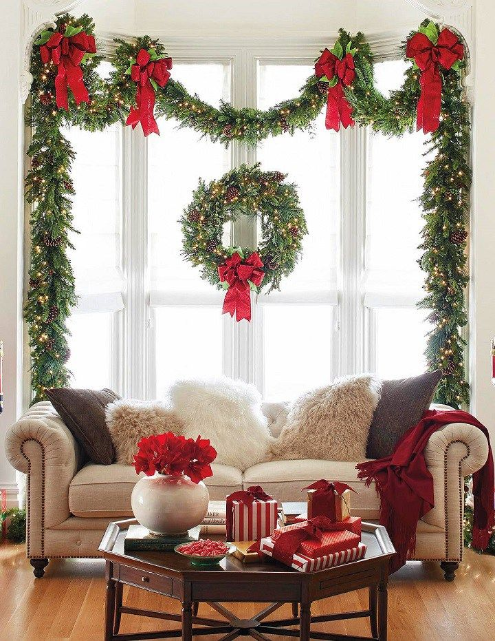 28 Dazzling Christmas Decoration Ideas so You Can Deck Your Halls