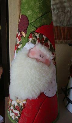 Studio da Berê: Cones de Natal :: patchwork sem agulha no isopor :...