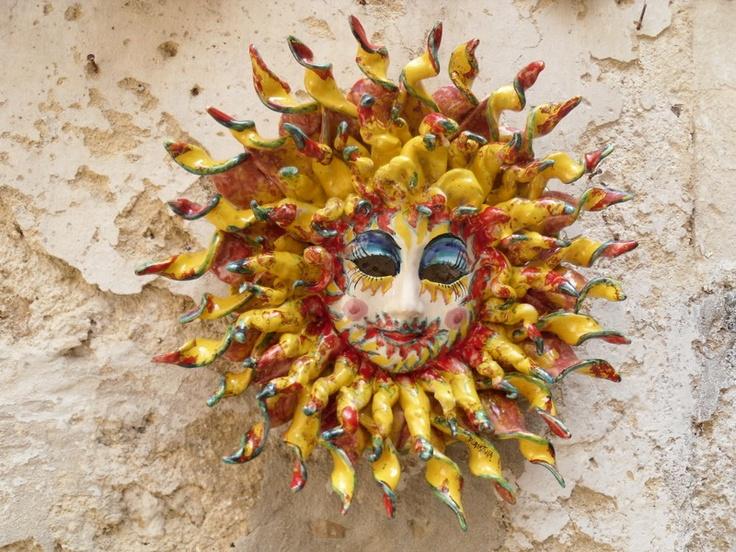 Perchè noi, giù in Puglia, amiamo il sole in tutte le sue forme.