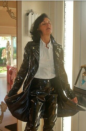 Trench Vinyl Grannys In Coats Plastic Raincoat Black