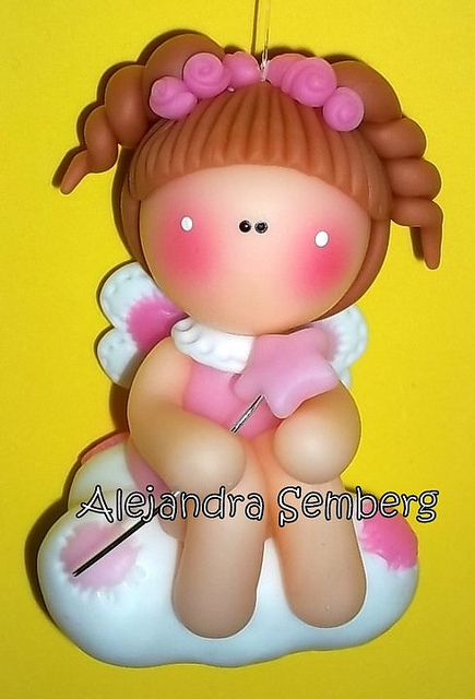 *SORRY, no information as to product used, FOREIGN, HADITA EN NUBE by Alejandra Semberg, via Flickr