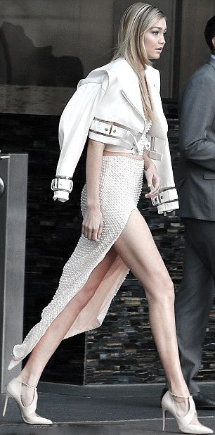 Wow!!! Luving this beige  look on Gigi Hadid !!! callistasetiono (for more inspirations! Hair, makeup/beauty, celebrities, airport styles, accessories, sneakers/shoes, bathing suits/bikini, inspirational quotes, Kendall Jenner, Gigi Hadid, Hailey Baldwin, models off duty, casual, street styles and more!)