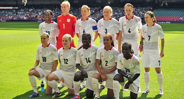 Steph Houghton propels Team GB to victory