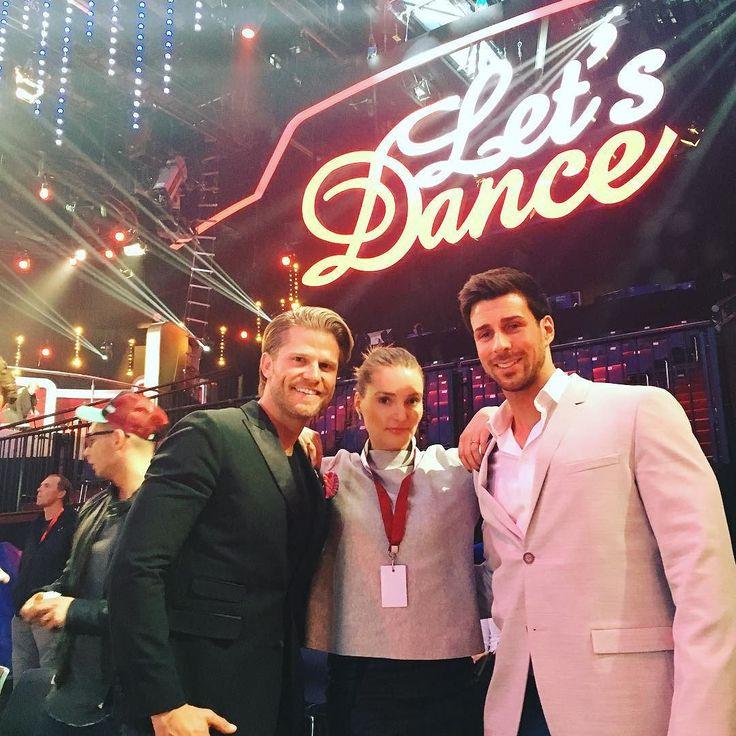 #me & the #boys  Was ist besser als ein Bachelor? Richtig: Zwei #bachelor  #rtl  #letsdance  #dance  say #hello to @jankepaul & @leonard.freier  #tv  #love by regendelfin