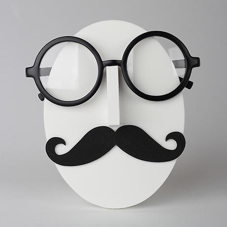 Mr. Musta (Vincent)