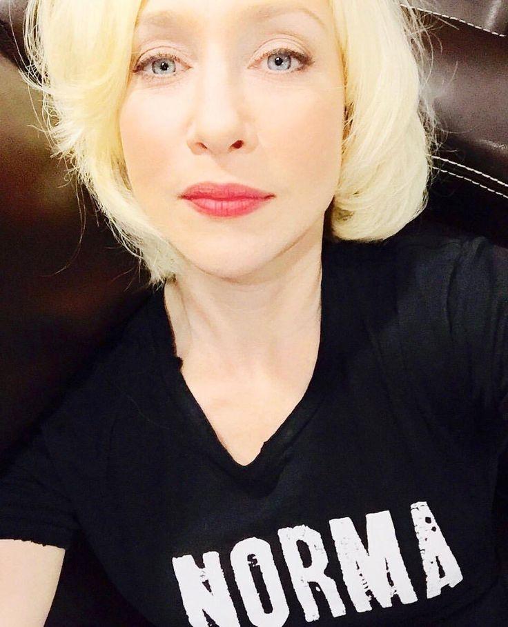 11 best Norma Bates Wardrobe images on Pinterest | Norma ... Vera Farmiga Instagram