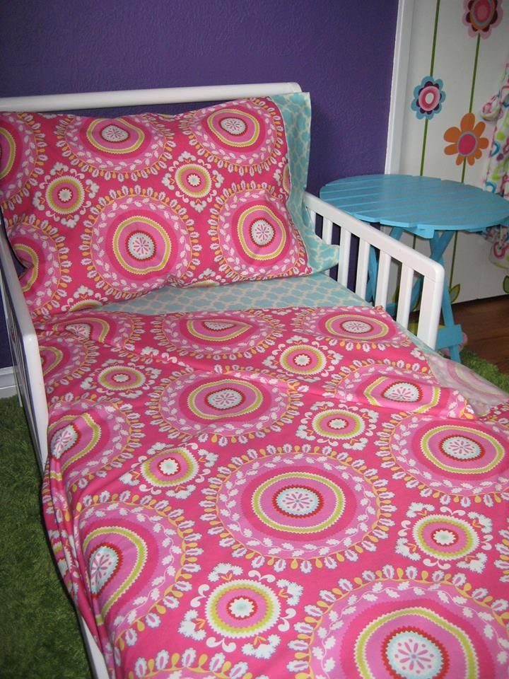 Toddler Sheet Set.  Set includes fitted sheet, top sheet and pillow case.    More designs at www.stylememodern.com $176.00